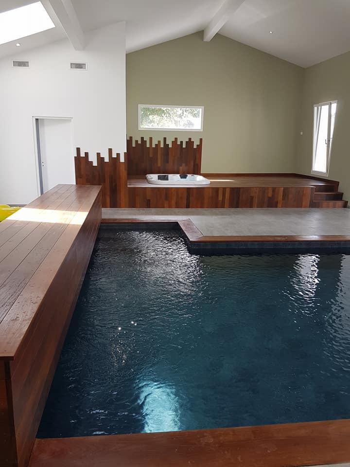 Aquitaine Piscines & Finitions - piscine intérieure à Salles en Gironde