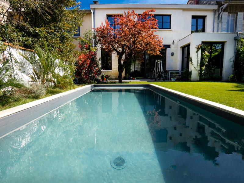 Construction d'une piscine haut de gamme - Echoppe à Bordeaux Métropole